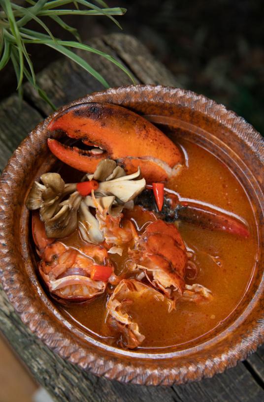 American lobster tom yum goong-1