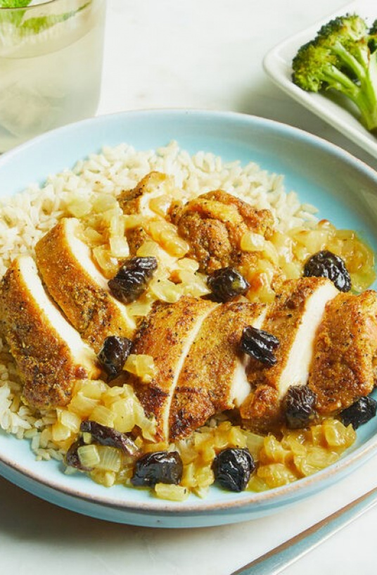 CPB CHICKEN CURRY WITH CALIFORNIA PRUNES AND BROWN RICE